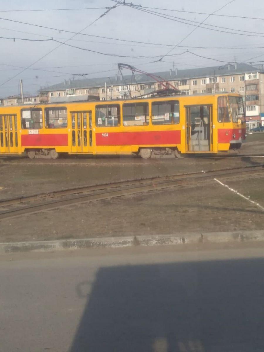 Череда аварий трамвайных путях Барнауле продолжилась новыми инцидентами