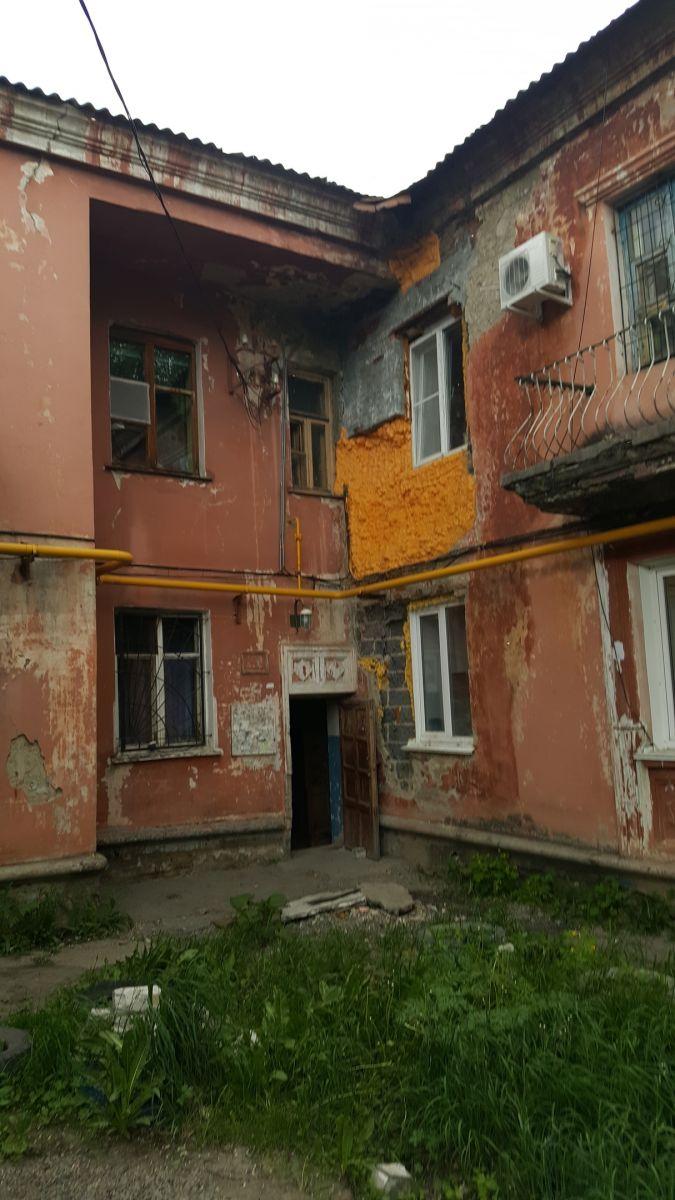 Общественники просят прокуратуру поторопить чиновников расселением разрушающихся домов Барнауле