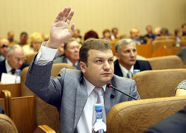 Депутат АКЗС Мастинин предстанет перед судом