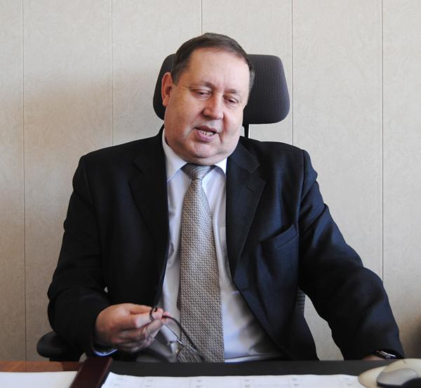 Новоалтайск обезглавят: народные избранники рассмотрят объявление Бориса Парадовского оботставке