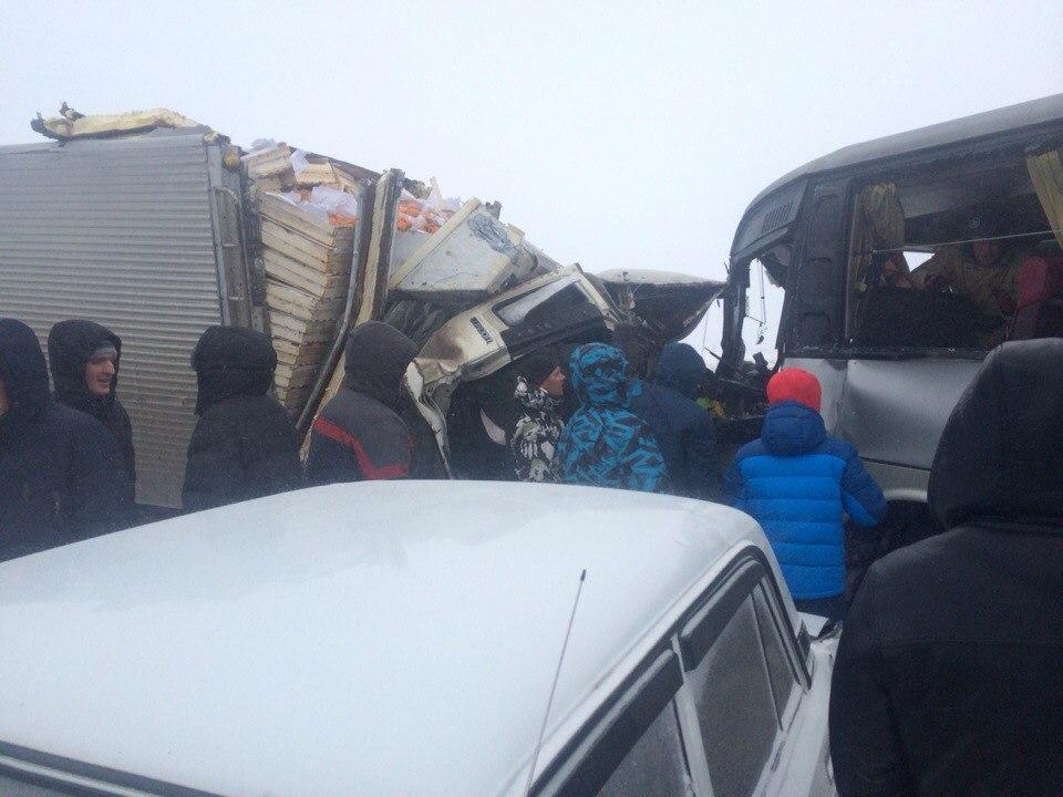 ВАлтайском крае закрыли еще одну дорогу из-за метели