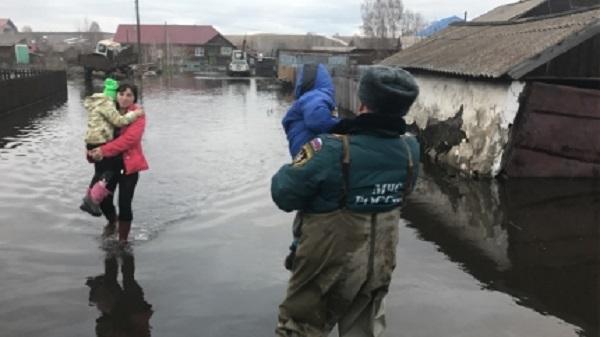 Проезд закрыт почетырем автодорогам вАлтайском крае из-за разлившихся талых вод
