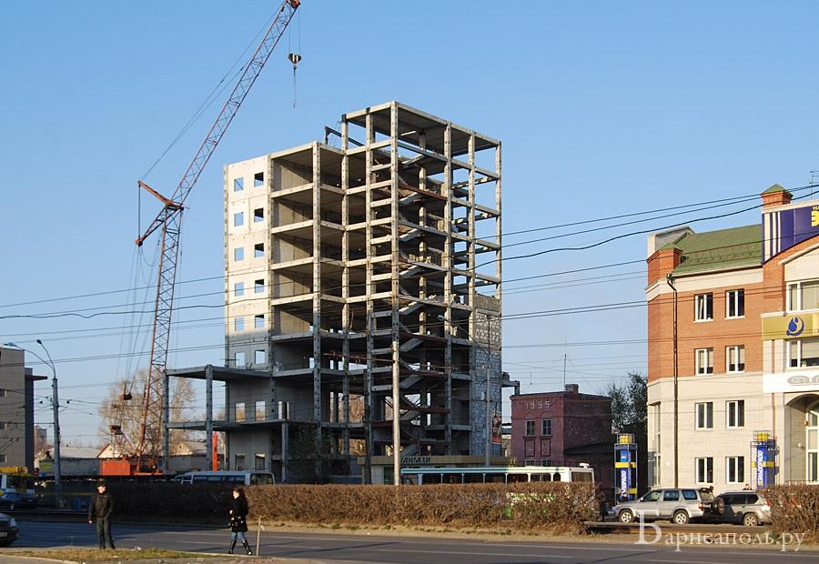 ВБарнауле реализуют многоэтажный высотный долгострой напроспекте Ленина