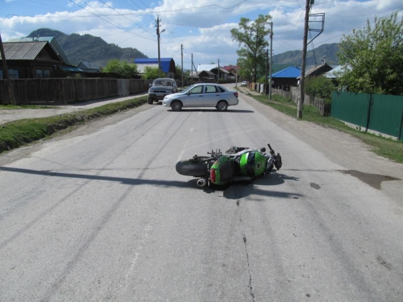 НаАлтае нетрезвый  мотоциклист сбил 8-летнюю девочку