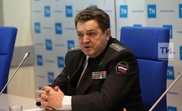 Экс-глава судебных приставов Татарстана простился сознаменем УФССП поРТ