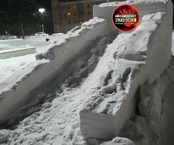 Охрана спасла вандалов снежный городок главной площади Рубцовска