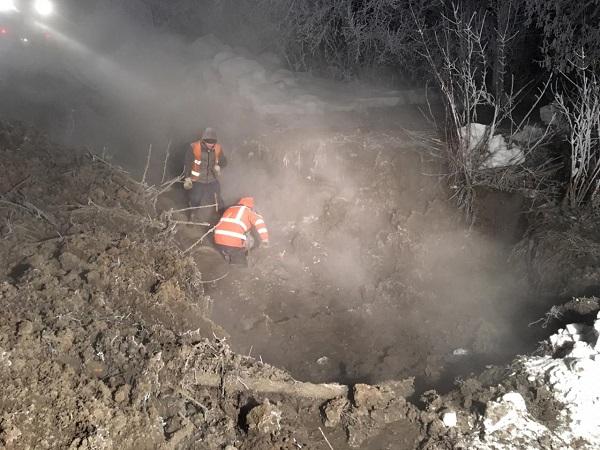 Два серьезных коммунальных порыва оставили тысячи барнаульцев воды отопления