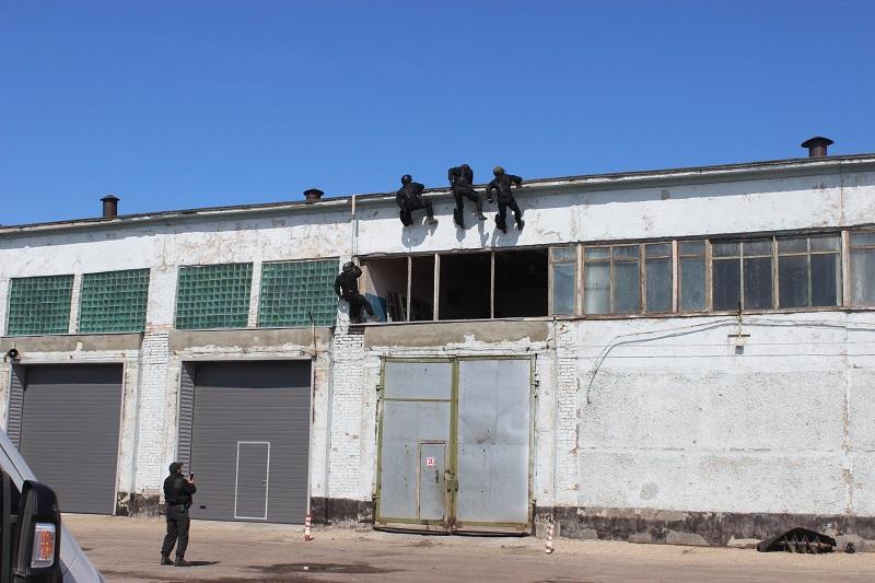 Химический завод Кучуксульфат Алтае отстояли массированной воздушной атаки террористов