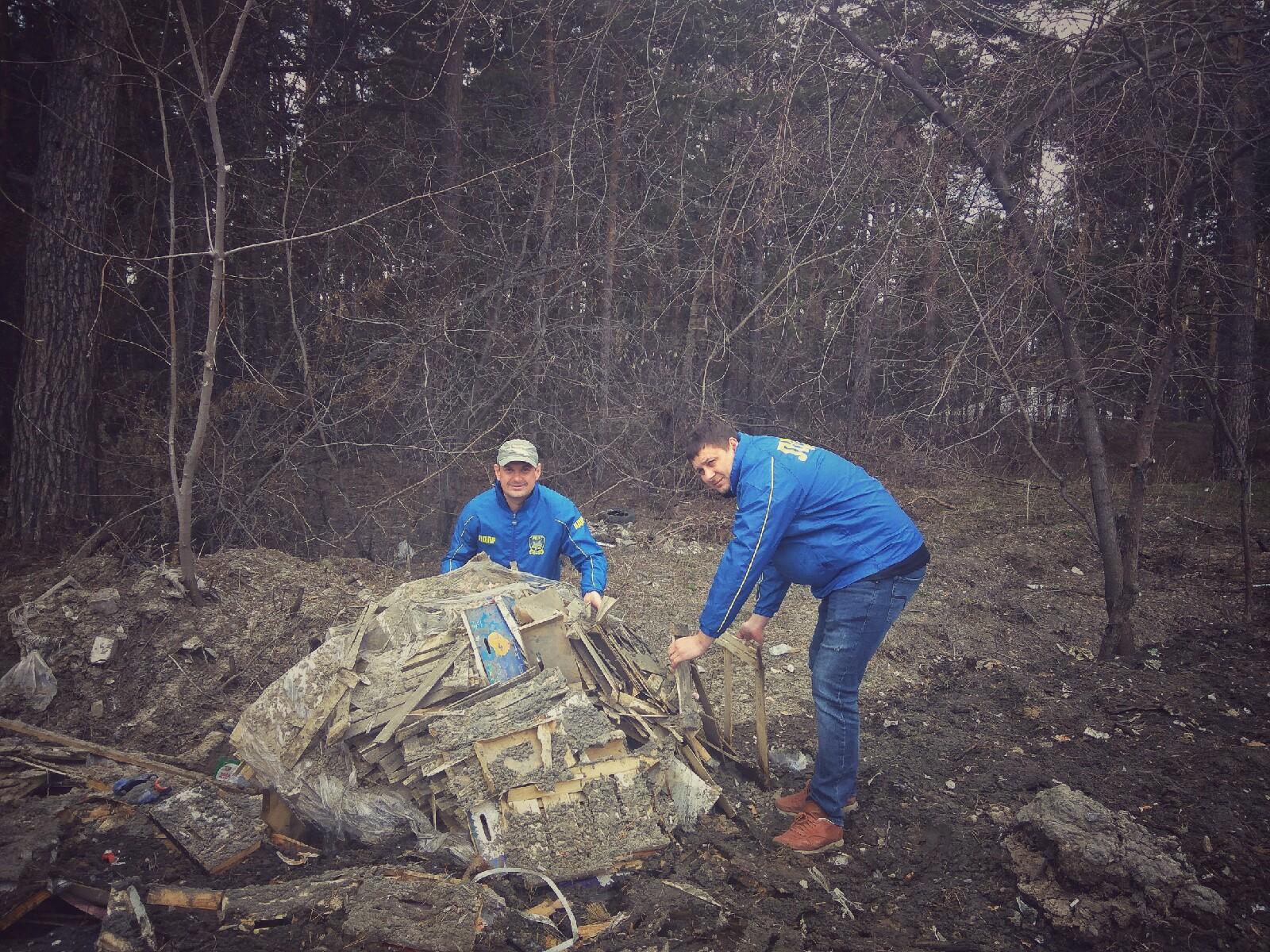Барнаульские жириновцы провели Змеиногорском тракте пикет против рубок реликтовом бору