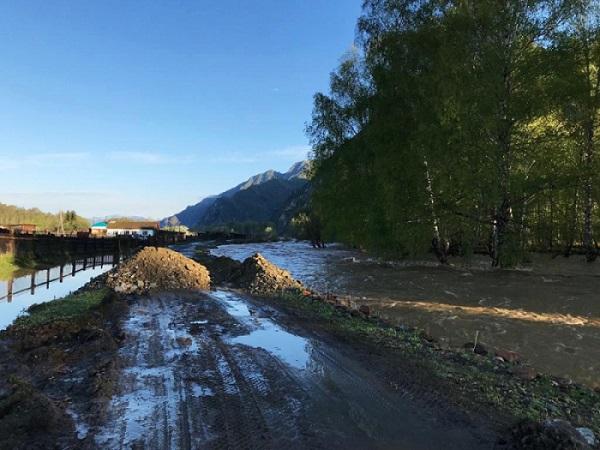 На Алтае несколько остались дорожного сообщения из-за разлившихся дождей рек