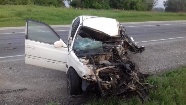 Двух человек увезли больницу после лобового столкновения иномарки грузовиком трассе Барнаул Новосибирск