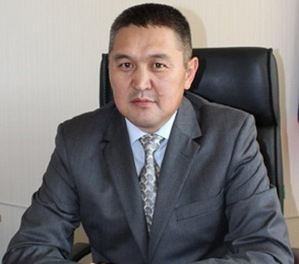 Зампреда Верховного суда Республики Алтай пустили кресло председателя из-за опасного брата