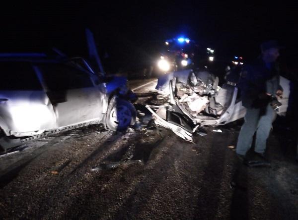 Два человека погибли двое пострадали ночном на змеиногорской трассе