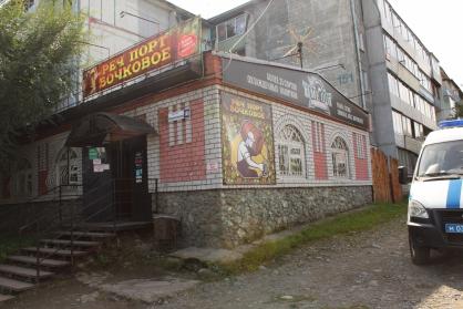 Тайм-аут посетителя скандального пивбара Горно-Алтайске отправили смертельный нокаут