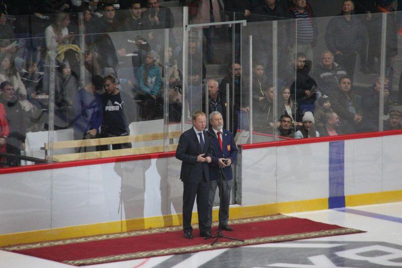 В Барнауле присутствии губернатора после глубокой реконструкции запустили Дворец спорта