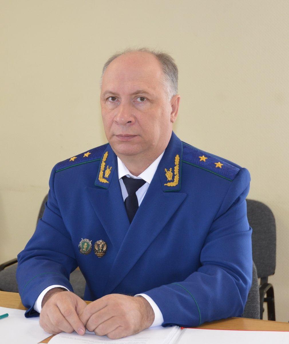 Владимир Путин освободил должности прокурора Республики Алтай Николая Мылицына