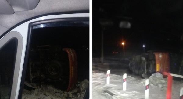 Полный пассажиров автобус Барнаула перевернулся кузбасской трассе