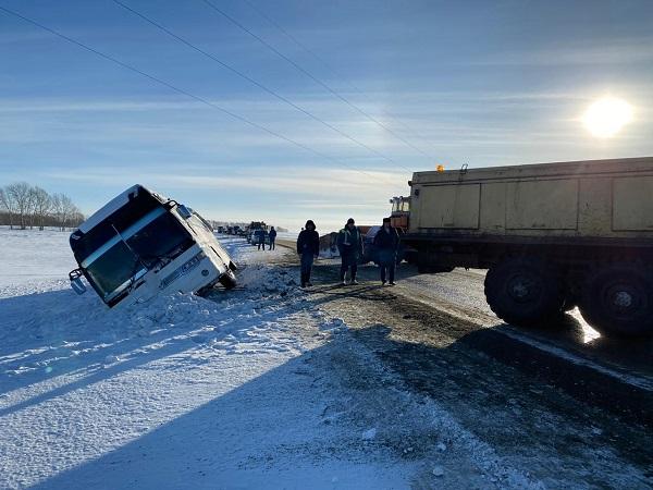 МЧС военные медики вышли спасение жителей Алтайского края последствий снежной бури