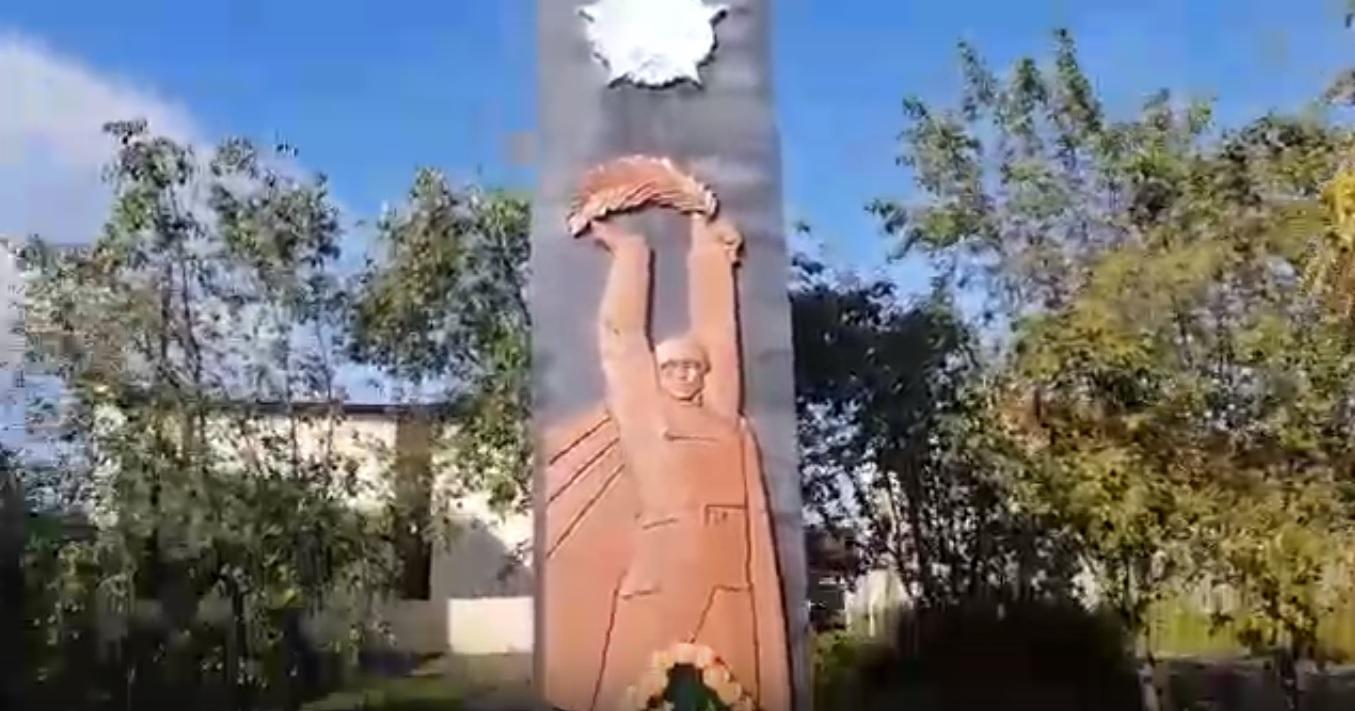 Жители Камня-на-Оби пожаловались ремонт мемориала Победы фашистской Германией