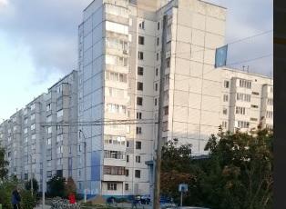 27-летний житель Барнаула погиб после падения девятого этажа многоквартирного дома
