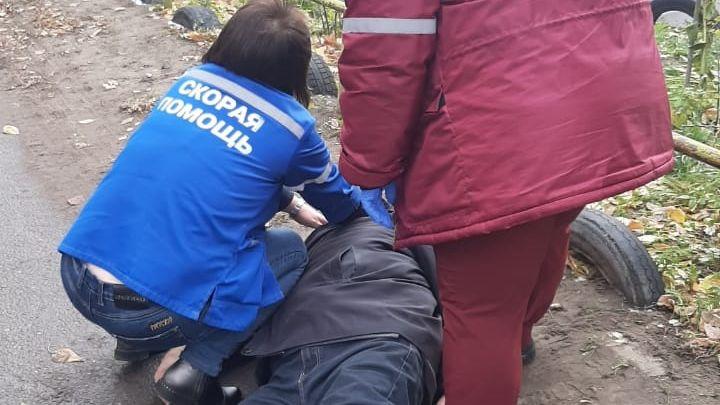 Житель Барнаула скончался прямо здания подстанции скорой помощи