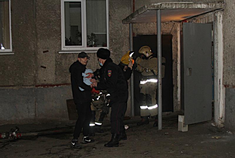 Смертельный пожар барнаульской многоэтажке могла устроить погибшая любительница покурить