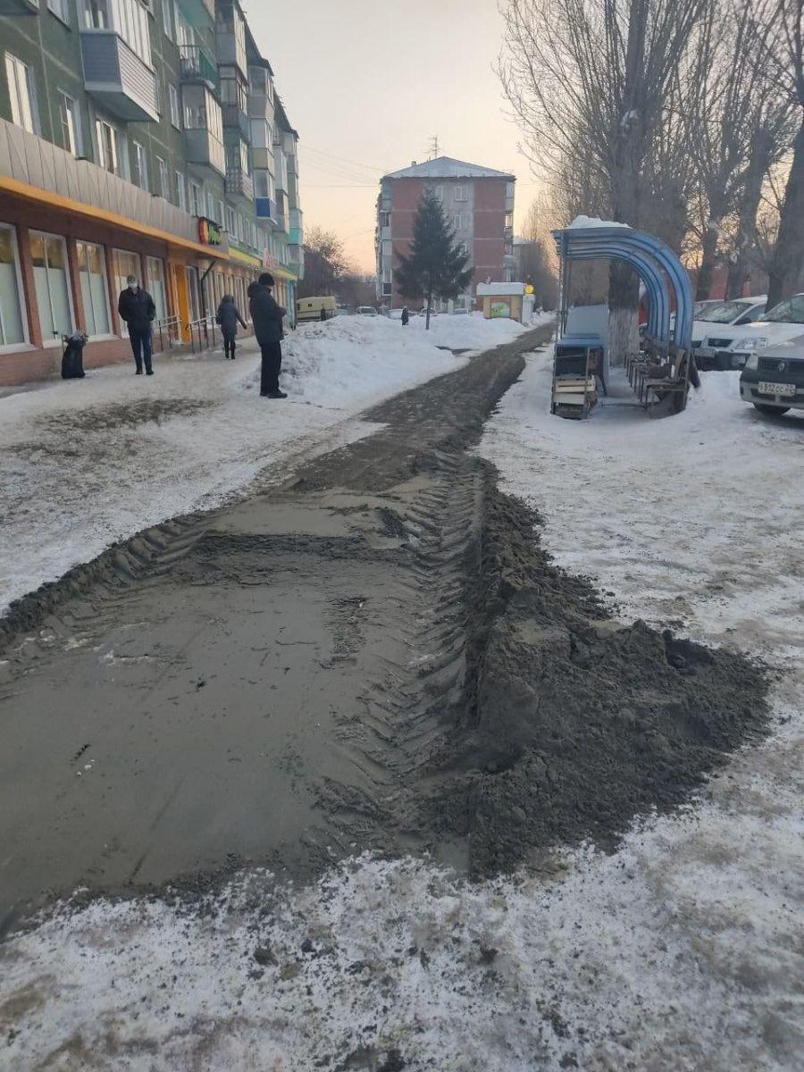Не представляется возможным мэрии Барнаула ответили призывы горожан быстрее убирать снег