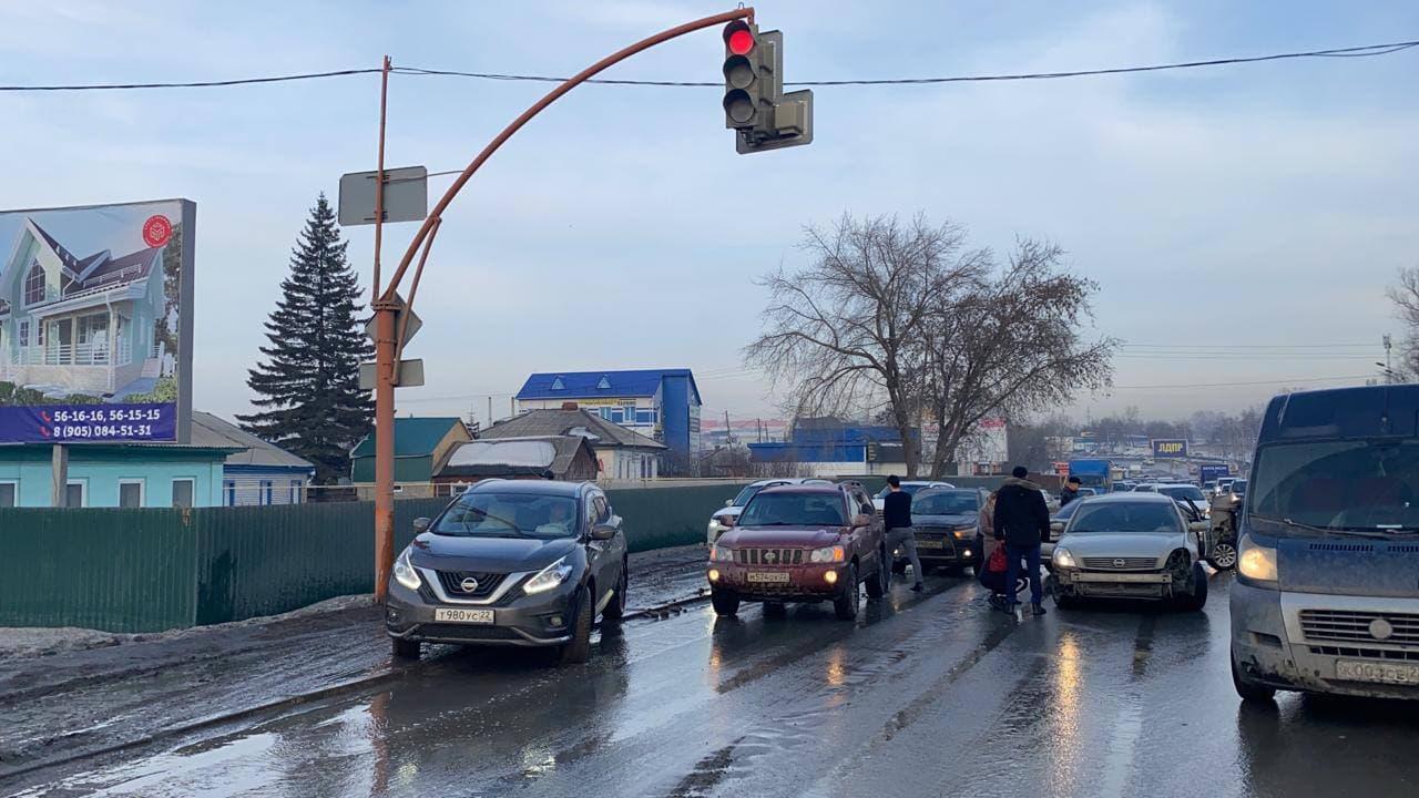 Несколько массовых произошло Барнауле приходом весенней оттепели
