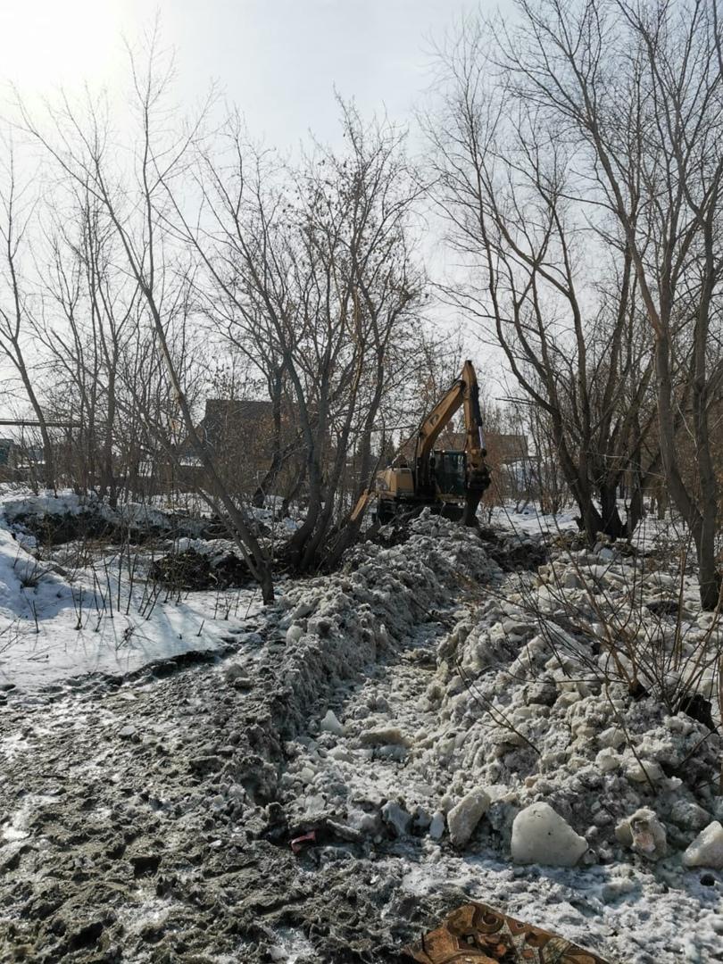 Барнаульцы обеспокоены возможностью затопления домов водами вышедшей берегов Пивоварки