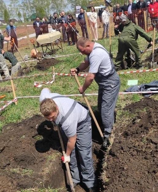 Похоронный передел барнаульцы уступили победу соревнованиях скоростной копке могил