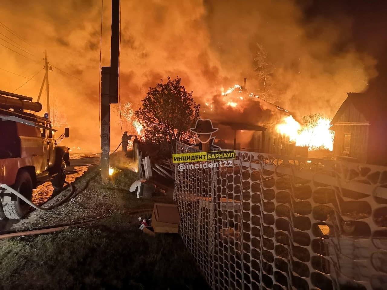 Тело погибшей женщины обнаружили пепелище после пожара Тальменском районе