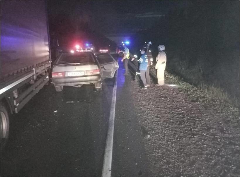 Автомобильная авария грузовиком тремя трупами произошла ночной алтайской трассе