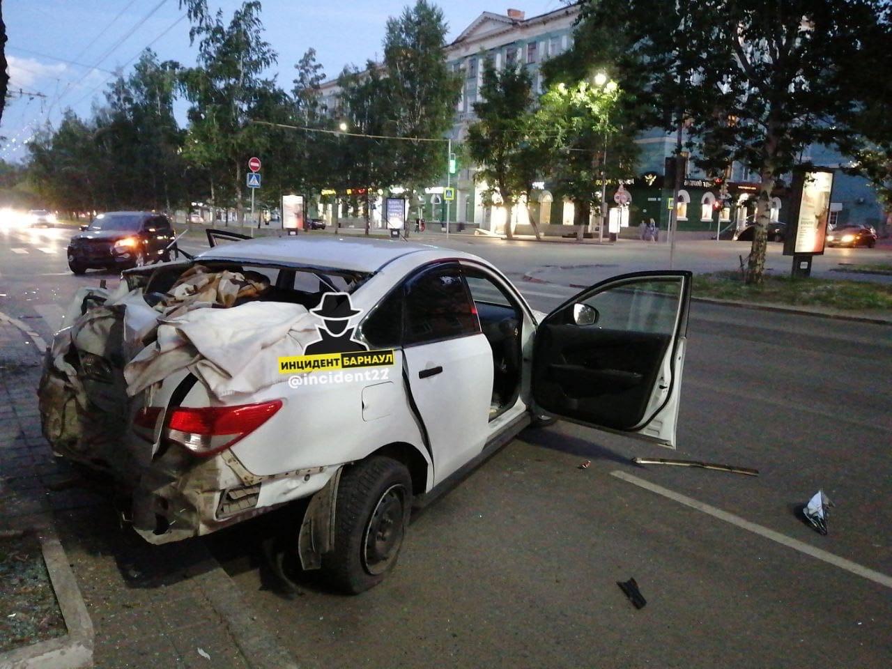 Один человек погиб несколько пострадали очередной серии летним вечером Барнауле
