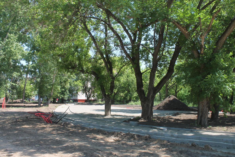 Жители барнаульского поселка попросили увеличить объем рубок благоустройстве сквера