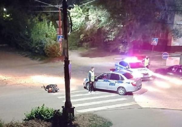Полицейские обезвредили пьяного мопедиста после ночной погони улицам Бийска