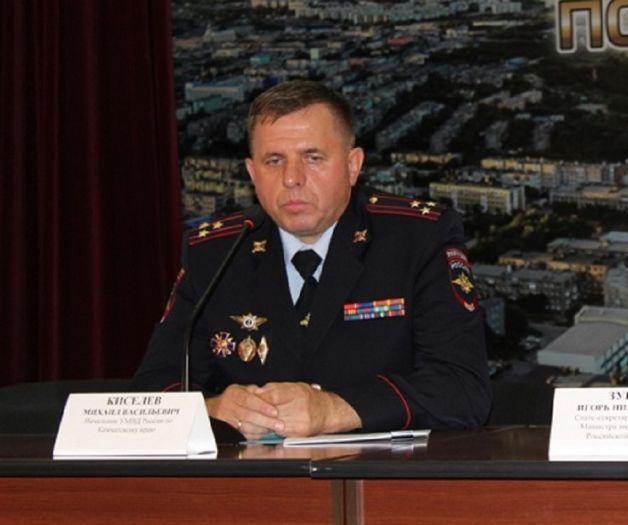 Много проработавшего Алтае замглавы УМВД Камчатки уволили фоне ареста экс-начальника