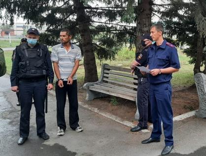Алтайские следователи добавили одну статью обвиняемому похищении 12-летней школьницы