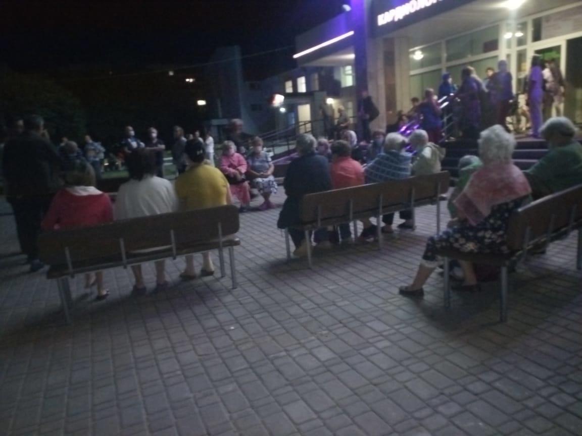 Пациентов кардиоцентра Барнауле эвакуировали из-за угрозы пожара
