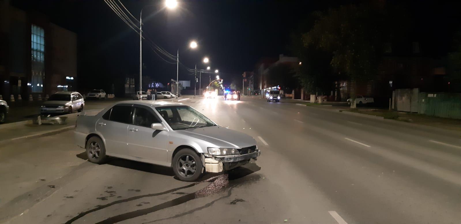 Пешеходу оторвало ногу результате смертельного в Барнауле