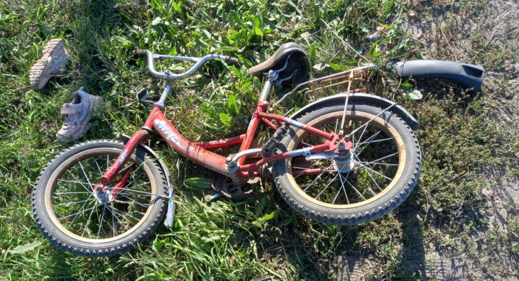 Один ребенок погиб двоих увезли больницу Алтае водитель иномарки въехал отряд юных велосипедисток