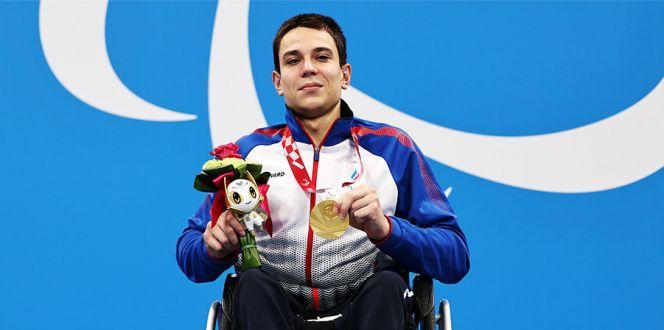 Алтайский пловец Роман Жданов сделал золотой дубль вторым мировым рекордом Паралимпиаде Токио