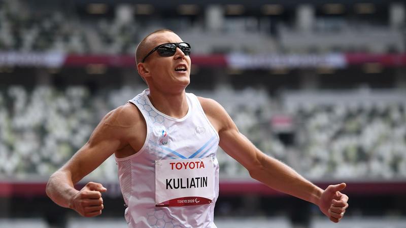 Уроженец Бийска завоевал золотую медаль беге Паралимпийских играх Токио